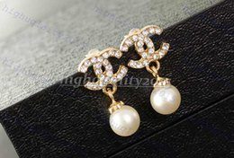 Wholesale Fashion Brand Shining Pearl Earrings Charm Jewelry
