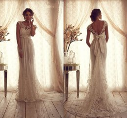 2017 Boho Lace Wedding Dresses Sheer Neck Empire Cap Sleeves Appliques Backless Anna Campbell Wedding Gowns Sexy Pragant Beach Bridal Dress