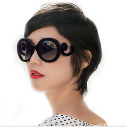 Wholesale 2016 New Listing Baroque style sunglasses Europe and round glasses spray clouds butterfly wings sunglasses