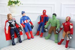 18inch Las muñecas de la felpa de los vengadores 2015 nueva 45cm Super héroe Iron Man Capitán América de spiderman Thor Hulk muñeca de la felpa juguetes 5 diseño B001 desde superhéroes juguetes de peluche proveedores