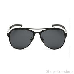 Hd militar en venta-Las buenas gafas de sol de la aviación de la visión de HD polarizaron los gafas de sol militares del grado de los hombres el marco de acero inoxidable superior P8031 de las gafas de sol superiores