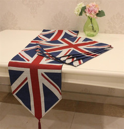 Wholesale Set of Table Runner and Placemats The British Flag Pattern Soft Boutique Art Jacquard Design Decoration Mat Table Cloth Cup Mat