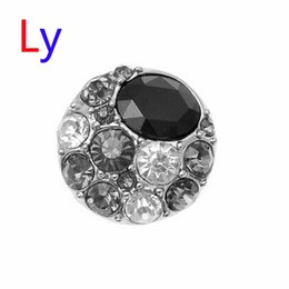Wholesale Hot Sale Snap Buttons Jewelry mm Buttons Fashion DIY Charms Bblack Crystal Snaps Antique Metal Buttons AC106