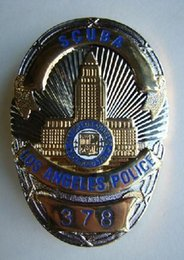 Wholesale light Empire American Losangeles metal badge badge in Los Angeles
