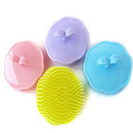 Wholesale Brand New Lovely Rubber Shampoo Massage Brush Designer Mini Comb Bath Brushes Candy Color Bathroom Products WA13