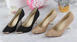Wholesale Women s Shoes High Heels Kitten Heel Pointed Toe Closed Toe Heels Dress Casual Black Golden Fashion Lady Shoes Fine Box Pack BY0000