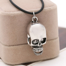 Wholesale Europe Alloy Skull pendants necklaces Terror anatomy cranium charm Halloween necklaces for women men unique jewelry skull necklace
