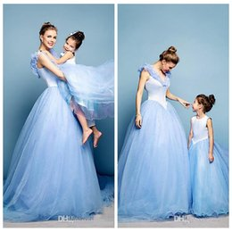 Wholesale Best Selling Mother And Daughter Matching Dresses A Line Tulle Pearls Prom Dress Cinderella Long Formal Prom Gowns Flower Girls Dresses