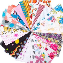 Wholesale Colorful DIY Fabric Material Squares Cotton Patchwork Floral Craft Offcuts