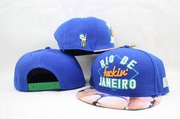 Descuento sombreros de los deportes de la ciudad Comercio al por mayor de 2015 nueva moda de Río Fuckin Ciudad Cap - azul snapback del béisbol gorras y sombreros para hombres mujeres deportes callejeros hop del sombrero del sol de la cadera baratos