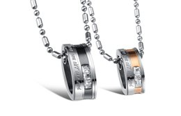 The new oval-shaped pendant personalized titanium steel couple diamond necklace