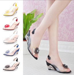 New Fashion Women'S crystal Sandals transparent Color Patchwork Flowers Square High Heel Sandals & Pumps wedding shoes OL shoes