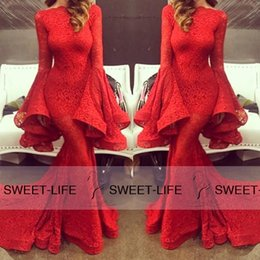 Michael Costello 2019 Lace Mermaid Evening Dresses Red Long Sleeve Court Train Bateau Ruffled Pageant Party Queen Formal Prom Dress Fashion