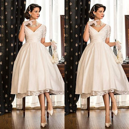 2015 Elegant Tea Length Wedding Dresses V-neck Capped Sleeves Lace Satin Puffy Wedding Gowns Custom Made Short Bridal Gowns