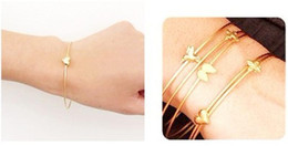 Wholesale Free Best Charm EU style gold love heart shaped bracelets bangle women bangle with mini heart