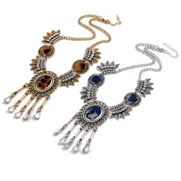 Vintage Style Rhinestone Metal Silver Leaf Leaf Print Disc Resin Drop Tassel Choker Necklace Jewelry For Women Gift