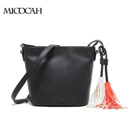 New Arrival Women Messenger PU Leather Bag Design With Tassel Solid Color Brand Bag Withe Zipper Bags GL30015