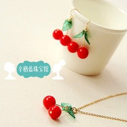 Wholesale Singh blue jewelry shop delicious soft and delicate cherry clavicle chain earrings Set foreign trade last single