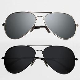 Espejo de cristal clásico en Línea-Al por mayor-Nueva vendimia de la manera clásica para hombre del aviador gafas de sol polarizadas espejo HD Deportes al aire libre Viajes Eyewear Sombras