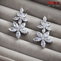 Exquisite CZ Diamond Crystal Bead Luxury Wedding Earrings Fashion Sterling Silver Stud Earring For Women Cheap Pageant Jewelry New Arrive