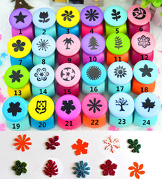Wholesale Deal Hot selling scrapbooking decorative punches scrapbook paper punch diy crafts Cutter toys for children