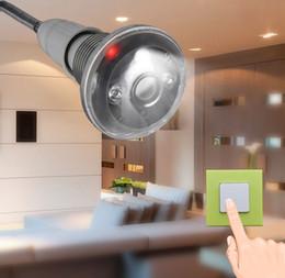 Mini caméra cachée wifi caméra IP caméra mini caméra 720p vision nocturne ampoule lumière WIFI caméra ip 720p vs 1080p à partir de ampoules pour appareil photo fournisseurs