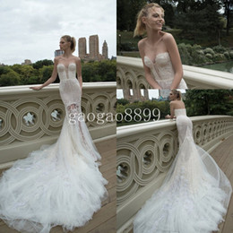 Inbal Dror 2019 Spring Collection Amazing Lace Feather Chapel Train Backless Beach Wedding Dresses Sweetheart Mermaid Bridal Dresses