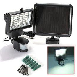 Wholesale 2000mAh Rechargable Batteries Solar Ultra Bright Lumens LEDs Motion Sensor Security Light Outdoor Garden Spotlights
