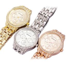 Wholesale Geneva Stainless Steel Watch Fashion Metal Quartz wrist watches for Men Women Unisex luxury watches Geneva Crystal Watches Gold watches