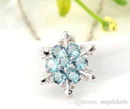 Beaux colliers en Ligne-Fleur bleue Collier Sliver Collier Cristal Snowflake Simple Pantagram Charm Vintage neige Collier Enfants Belle Étoile