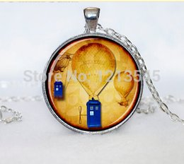 Wholesale Doctor Who TARDIS necklace silver Time Machine Pendant blue glass necklaces Pendant for women men Gifts jewelry CN526