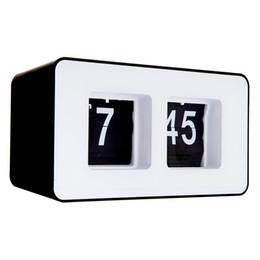 Wholesale Fashion Retro Auto Flip Clock Classic Stylish Modern Desk Wall Clock Retro File Down Page Clocks for Home Decoration