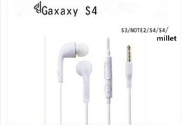 Wholesale Drive by wire headsets phone microphone microphone adjustable volume heavy bass in general The ordinary MP3 headset headset video game