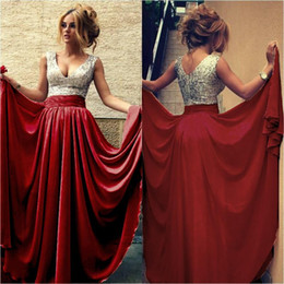 Sexy Silver Sequined V Neck Evening Gowns Sweep Train Prom Dresses Red Champagne Party Gowns Long Formal Pageant Gowns Plus Size Custom Made