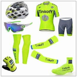 Wholesale cool Tour De France Tinkoff Saxo Cycling Jerseys Short Sleeve Road Bicycle Wear Seven Pieces Set With Gloves Arm Leg Shoes Cover Glass