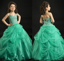 2019 Green Charming Girls Pageant Dresses with Delicate Beaded Ruffle Halter Backless Ball Gown Pageant Dresses for Teens