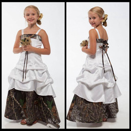 New Camo Flower Girl Dresses White And Camouflage Lace Up Children Princess Dresses A Line Floor length 2020 Wedding Kids Gowns For Party