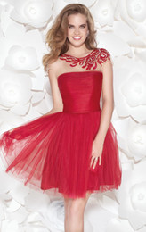 2019 New Red Homecoming Dresses Crew Neckline Cap Sleeve A-Line Beaded Sequined Ruffles Tulle Lace Short Prom Gowns Hot Sales H005