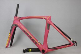 Wholesale carbon road frame high quality raw frame bicycle carbon frame in stock fast delivery time pf30 seatpost c bicycle frame size
