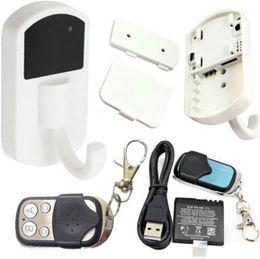 Mini-libre caméra cachée en Ligne-1280*960 HD Détection de Mouvement Vêtements Cachés Crochet de l'Appareil photo avec la Télécommande Mini patère Caméras mini DV livraison gratuite