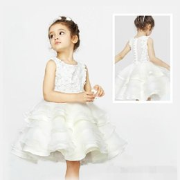 Free shipping new high Quality Handmade flowers Children princess dress White girls dress Flower Girls' Dresses Princess beautiful dress