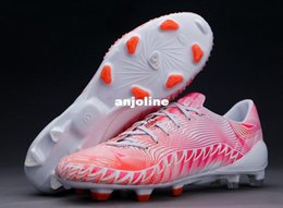 Wholesale New Arrived Soccer Sneakers Cleats Shoes Boots Predator Crazylight FG Bianco Running Rosa Neon Infrarosso Soccer Shoe