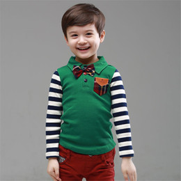 Wholesale-The new age season The boy institute wind spell grid stripe bow Boy's coat