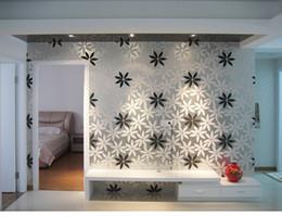 Modern Embossed 3D Black White Wallpaper Flowers European Simple Fashion Flocking Stereo Bedroom Wallpaper Roll
