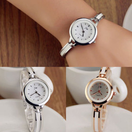 Wholesale Womens Ladies Vine Wristwatches Gold Silver Round Quartz Analog Watch Fashion Dress Bracelet Wrist Watch