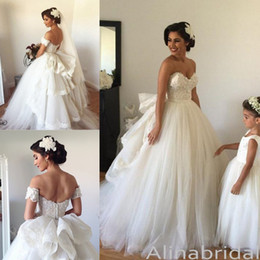 Victorian Princess Ball Gown Wedding Dresses with Detachable Train 2018 Spring Sweetheart Lace Puffy Cinderella Wedding Gowns Bridal Dress
