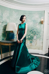 Real Sample Emerald Satin Mermaid Jewel Neck Sweep Train Evening Prom Dresses Occasion Trumpet Formal Party Gowns
