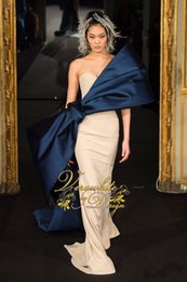 Wholesale Thermal latest celebrity evening dress new design sweetheart prom dress gorgeous color collar and big bow party dress short drag