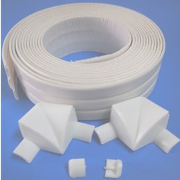 Wholesale PE butyl material good adhesion caulk strip Kitchen bath waterproof mildew proof strip adhesive tape with joint design