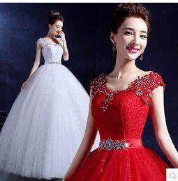 Wholesale New Listing hot sale fashion sweet luxury elegant factory direct red lace big size custom lace packet shoulder bride wedding dress